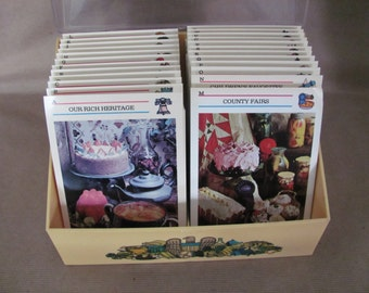 Vintage Recipe Card Holder, 1970's McCall's Great American Recipe Card Collection