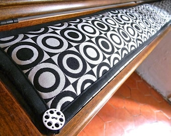 CCS040 way to keyboard, piano keyboard cover, graphic black and white