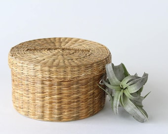 Vintage Woven Grass Basket with Lid
