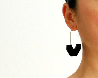 HEX ARCH EARRINGS | black earrings, arch earrings, minimalist, gold, modern jewelry, statement earring, circle, hanging earring, white  |
