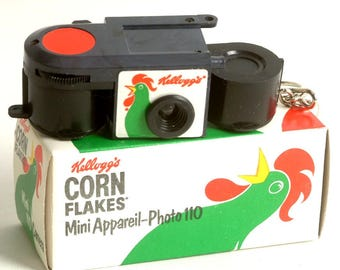 Retro 1980s Miniature Kellogg's Corn Flakes 110 Camera Mini Film Camera, Subminiature Camera, Tiny Toy Camera