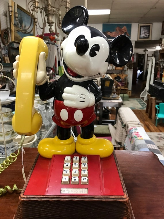 Mickey Mouse phone pushbutton