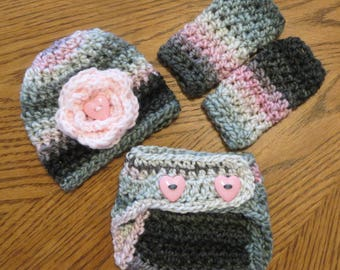 READY to SHIP NEWBORN Crochet Baby Girl Set, Flower hat, diaper cover, leg warmers, photo props, shower gift, gray and pink, heart buttons