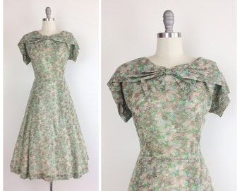 50s Green & Brown Floral Day Dress / 1950s Vintage Cotton House Dress / Large / Size 14