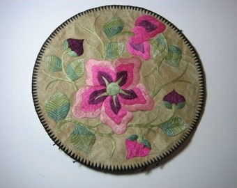 Beautiful Antique Chinese Embroideries