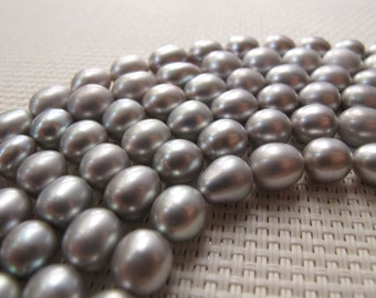 7-9mm Silver Freshwater Rice Pearl PL111