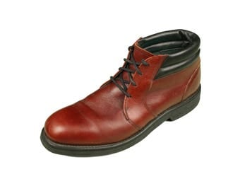 Vintage UFCW Made In U.S.A. Reddish Brown Leather Mid Ankle Chukka Work Boots - Men's Sz. 10B