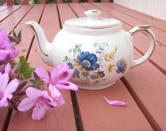 Gibson English Tea Pot 1960's