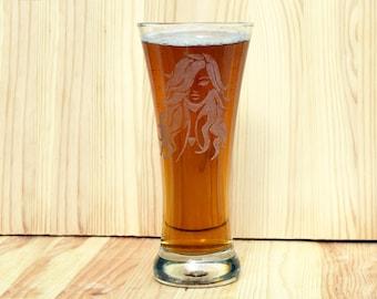 Personalized Beer Glass, Custom Pilsner Glass, Engraved Glassware,  Engraved woman, Gift for Man, Gift for Men, Gift for Boyfriend