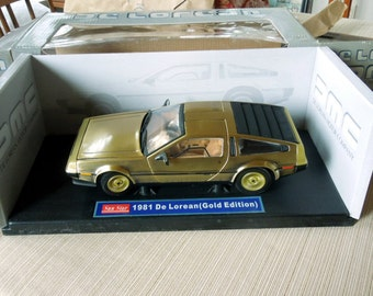 De Lorean DMC, Sun Star Metal Die-Cast 1:18 Scale 1981 Gold Edition