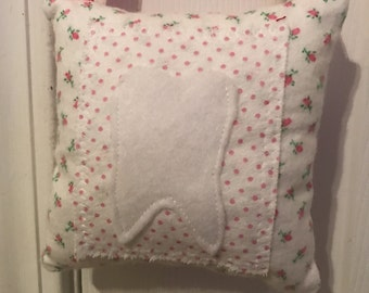 Tooth Fairy Pillow, Girls Tooth Fairy Pillow, flowers tooth fairy pillow, shabby chic pillow