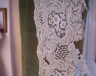 Antique Lace from Antique Drapes Beautiful Work,  Drapes were  bad shape   #2107