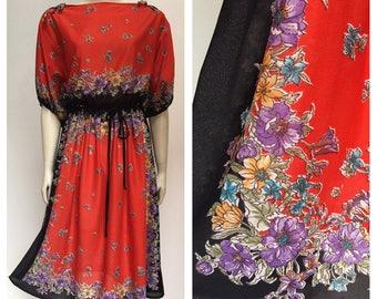 Vintage 80's FLORAL gypsy folk border print dress M