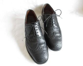 vintage black all leather full brogue wingtip oxford shoes, size EU 41  / UK men's 7 1/2 / US men's 8