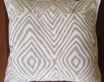 Get tribal cover (50cm x50cm)
