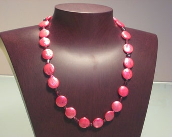 Pink Lentil Freshwater 1-Row Pearl Necklace.