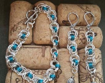 Ocean waves chainmaile bracelet and earrings set