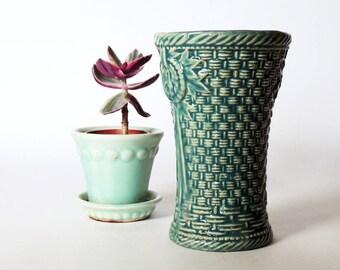McCoy Basketweave Small Vase Vintage 1940's 6 Inch Vase