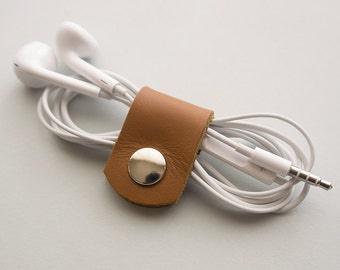 Cable organizer - Leather Cord Keeper - Earbud Organizer - Tan Leather Headphone Holder - Earphone Organizer - Wire Holder - Cord Organizer