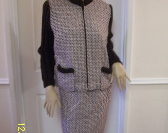 Authentic Vintage True  60's Knitted Winter Suit sz 12/14