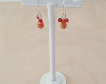 Earrings with carnelian and red agate