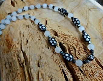 White and Black Matte Single Strand Necklace