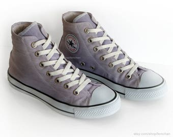 Vintage Converse All Stars, made in the usa, light purple sneakers, iconic high tops, vtg kicks, size eu 40 (UK 7, US wo's 9, US men's 7)