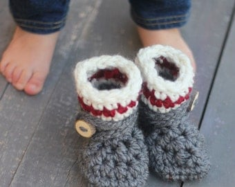 Baby Booties, Cabin Style Baby Booties, Knit Baby Booties