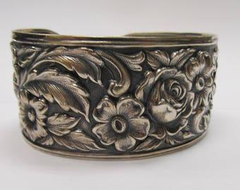 Vintage S. Kirk and Son Repose Floral Cuff W #693