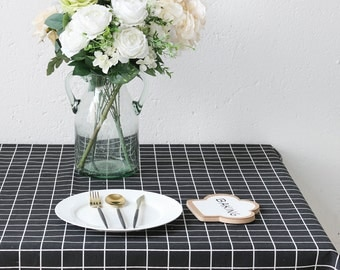 White & Black Plaid Linen Cotton Table Cloth, Wedding table overlays, Birthday party linens, Square tablecloth Extra large, oval table