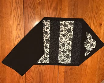 Black and White Flower Table Runner