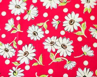 Suzuko Koseki Daisies in Red and White by Yuwa - 1/2 Yard