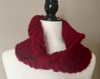 Red Bow Cowl