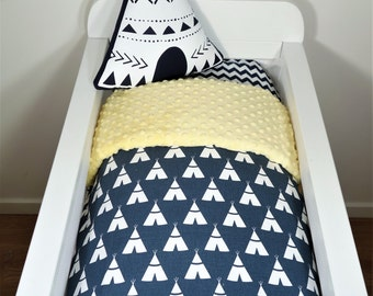 Bassinet set - Navy and yellow teepee