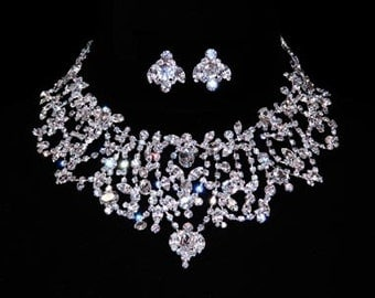 Style # 15805 - Majestic Cluster Necklace and Earring Set