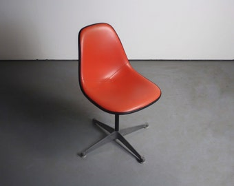 ON SALE Classic Mid Century Modern Charles Eames Chair for Herman Miller in Red