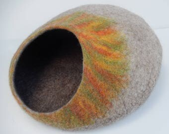 Felted wool Cat Cave, Cat House. Made in SCOTLAND, Edinburgh. Made by Feltingstudio