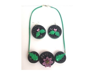 Floral jewelry set-chic in quilling