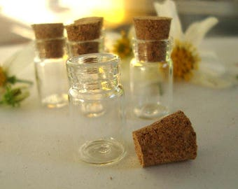 5 Small Vial Glass Bottles with cork,Fairy Dust Bottle,Potion Bottle,Witch Bottle,Tiny Glass Bottle,