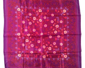 Totally Obsessed! Vintage 1960s Bright Pink/Purple Boho Mod Floral Scarf/Amazing color combination