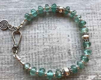 Apatite and Sterling Silver Hook and Eye clasp Bracelet