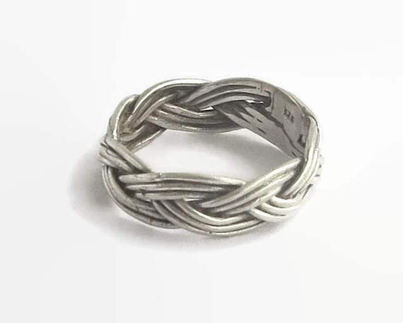 Sterling silver braided / plaited ring, full braided circle, stamped 925, size Q / 8, 4 grams, circa 1970s
