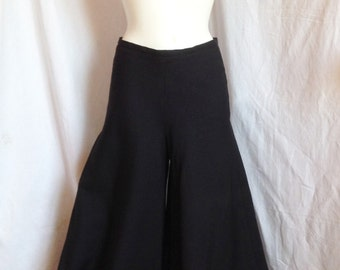 Pants, black crepe, wide leg, Jodem, T 38 / 40.