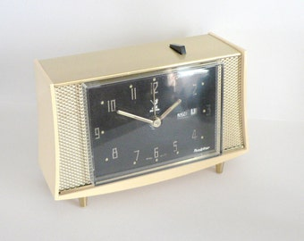 Mid century alarm clock 1950s French By Jaz Battery Day/ Date