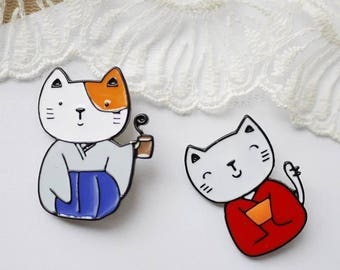 For cat person Collection blue/red cat in kimono cute brooch