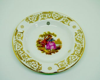 """Limoges China; France; Round Ash Tray; Trinket Dish; Approx. 4.5"""" or 11.5cm, Classical Scene; Gold Trim !!!"""