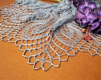 Gray Merino Wool Shawl ,Triangle Shaped Shawl,Wool Shawl,Bridal Shawl,Handmade Shawl,Wedding Shawl,Women Accessories,Knitted Shawl