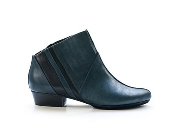 Winter Sale Blue ankle boots women boots women by LieblingShoes