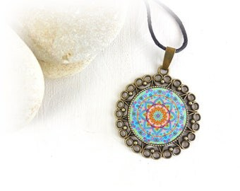 Mandala jewelry with healing pendant; zen necklace with mandala for harmony and inner balance.