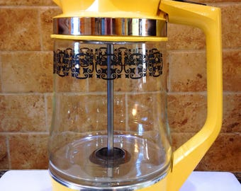 Vintage 1970's  W.T. Grants Co. Automatic Electric Percolator Yellow 12 Cup WTG90027